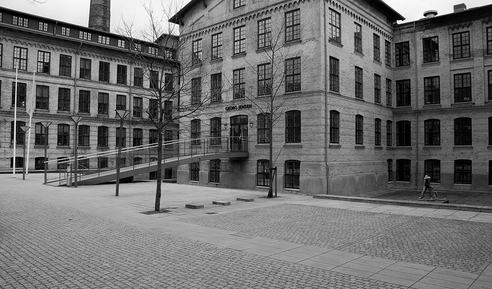 Reparation af diverse sålbænke hos Georg Jensen